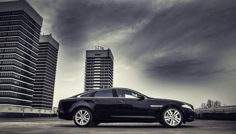 Jaguar XJ, Jag Shuttle