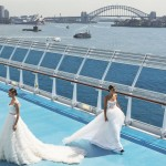 Jessica Minh Anh: Fashion Show am Ozean