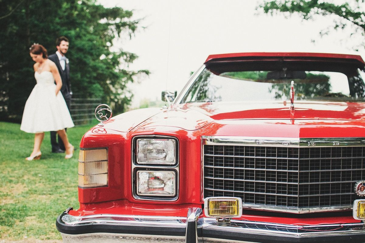 Im Oldtimer zur Hochzeit
