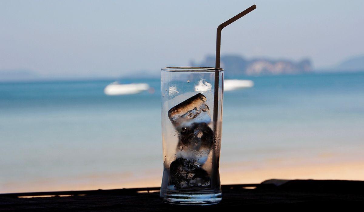 Food und Drinks am Beach