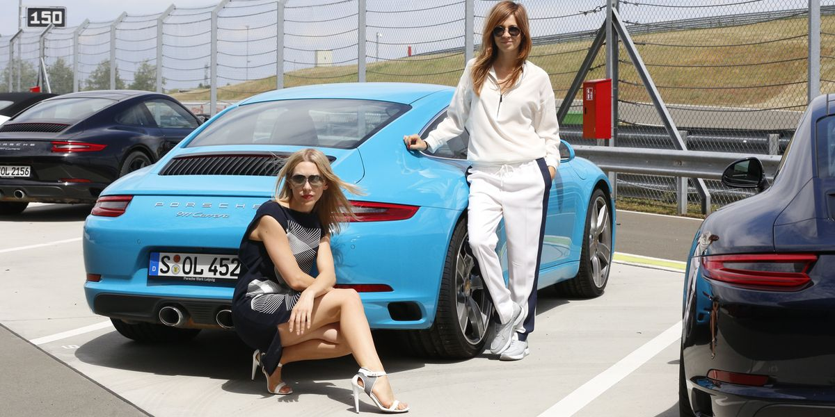 Claudia Eisinger und Julia Dietze: Wrooaaam...