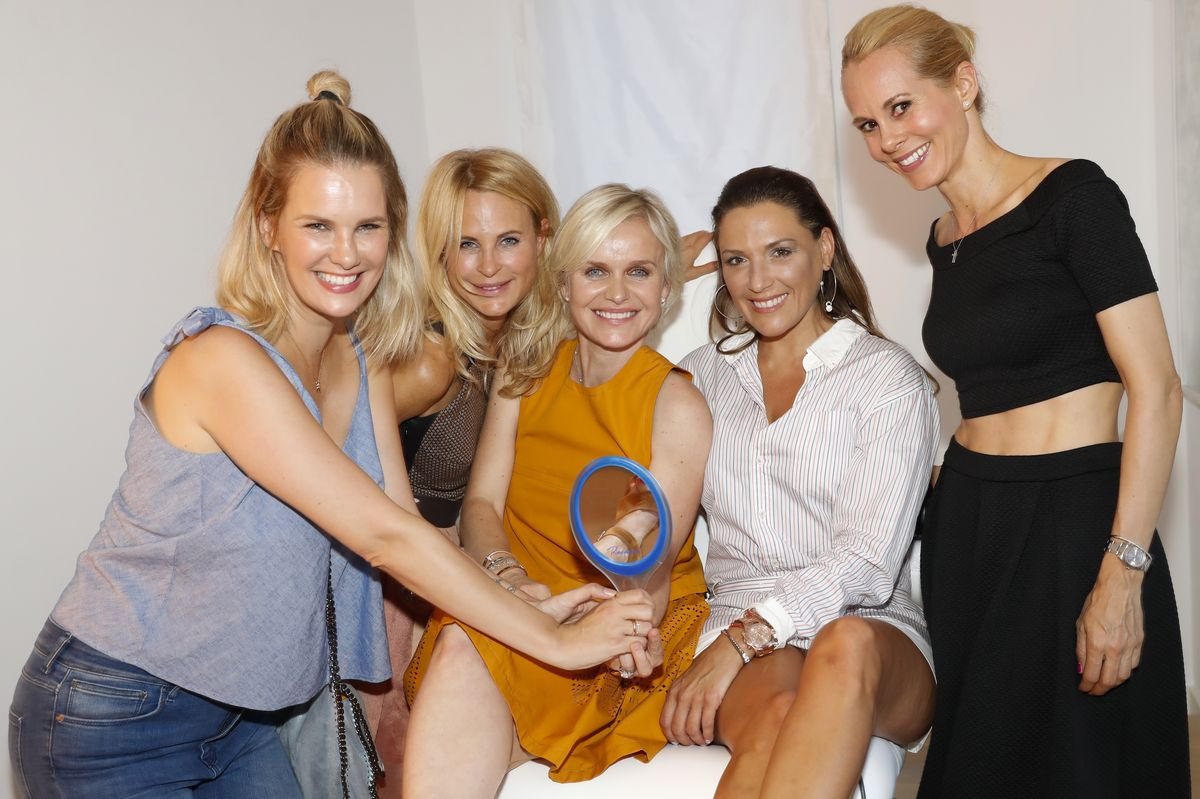 Monica Ivancan, Sonja Kiefer, Barbara Sturm, Simone Ballack, Nadja zu Schaumburg-Lippe