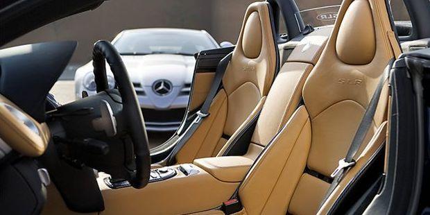 Mercedes-Benz SLR McLaren Roadster: Verführwagen