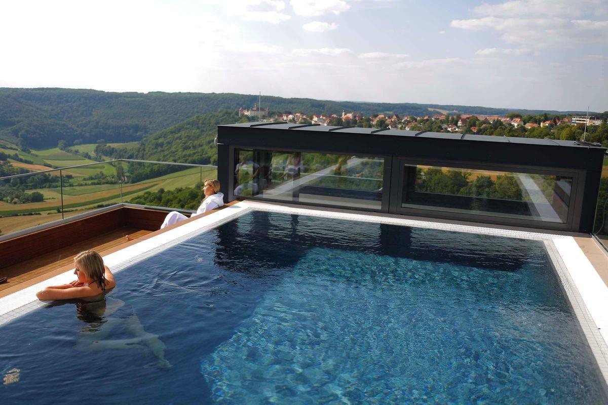 Maxwell Resort