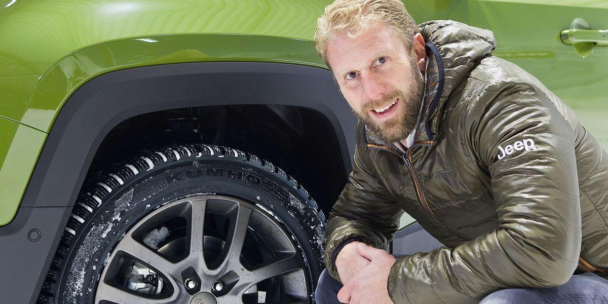 Christopher Posch im Jeep: Sicher durch den Schnee