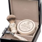 Taylor of Old Bond Street Shaving Set Sandalwood
