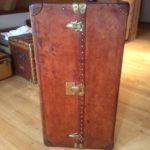 Louis Vuitton Malle Armoire Cowhide, ohne Muster