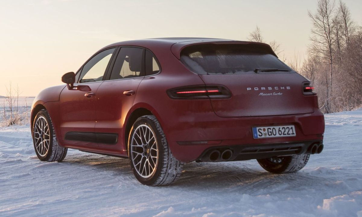 Porsche Macan Turbo Performance Paket
