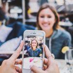 Smartphone: Der Lack bleibt dran