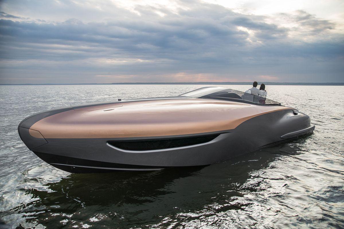 Lexus Yacht-Konzept, Akio Toyoda