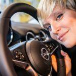 GNTM: Model-Schlitten von Opel