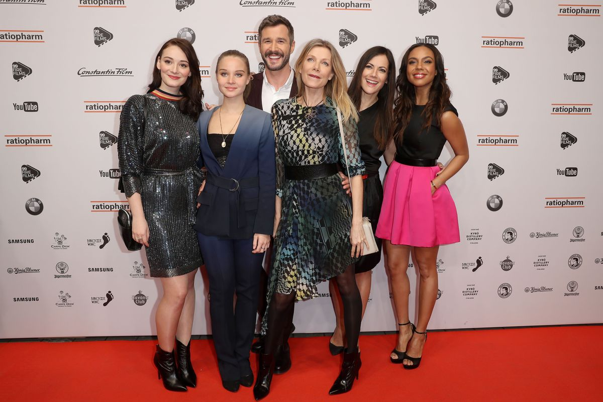 Maria Ehrich, Sonja Gerhardt, Jochen Schropp, Ursula Karven, Bettina Zimmermann, Alexandra Maurer