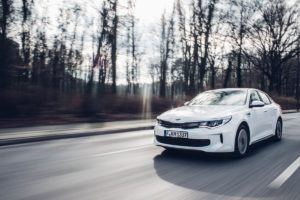 Kia Optima Plug-In Hybrid by Björn Hellgardt