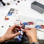 Für Spielkinder: Rennfahrzeuge zum Nachbauen