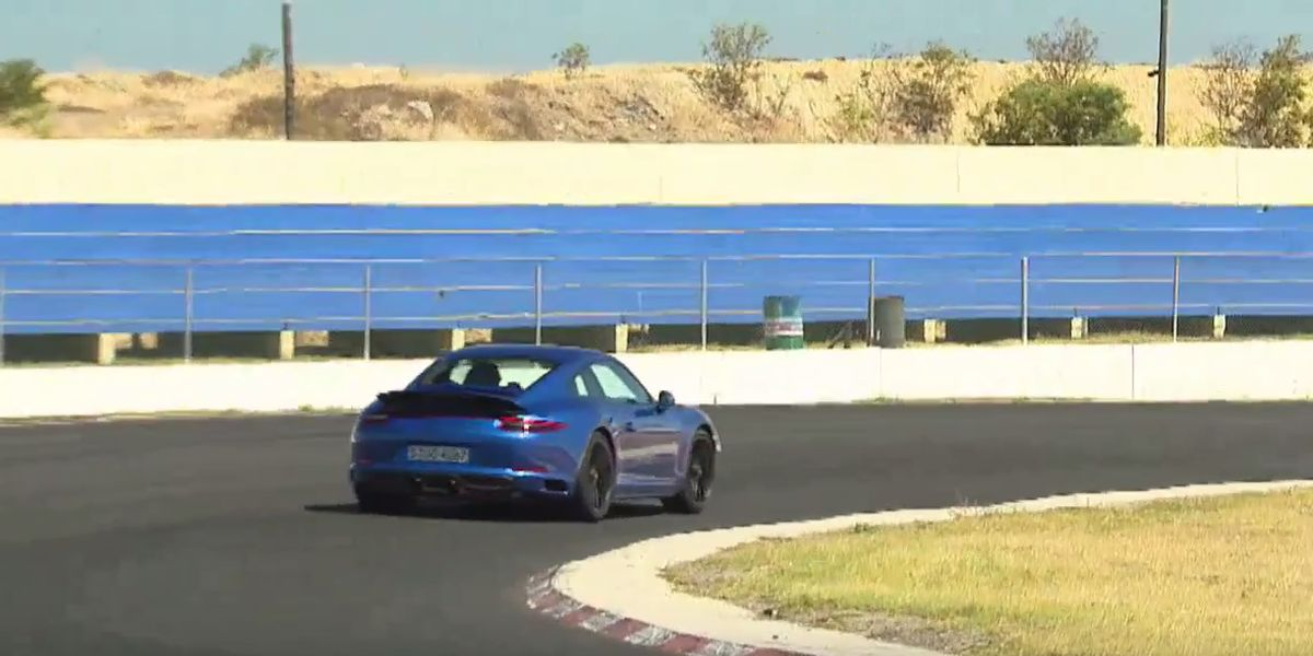 #Test Video: Porsche 911 GTS (2017)