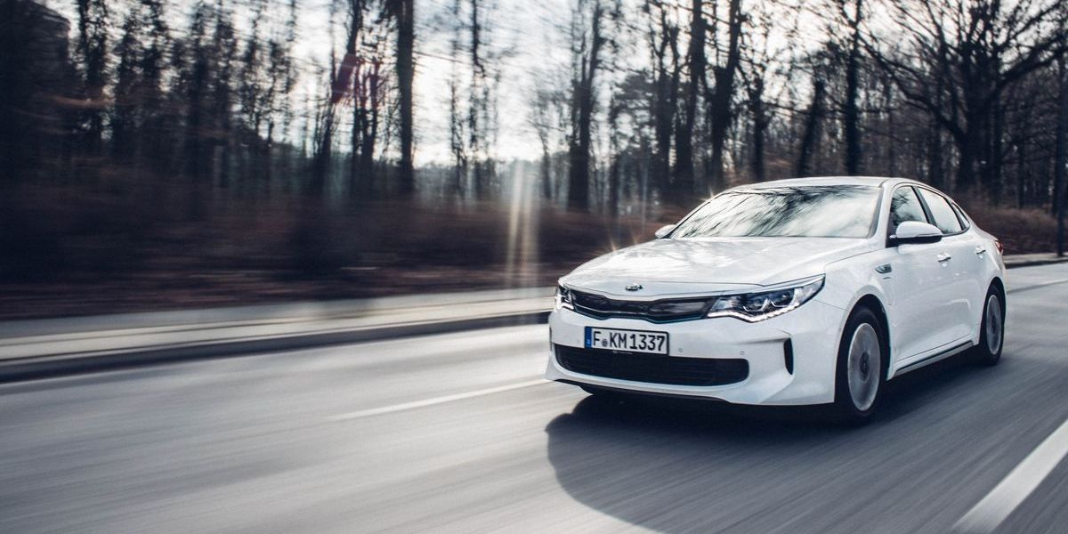 #Test Kia Optima Plug-In Hybrid: Hey, Du Model