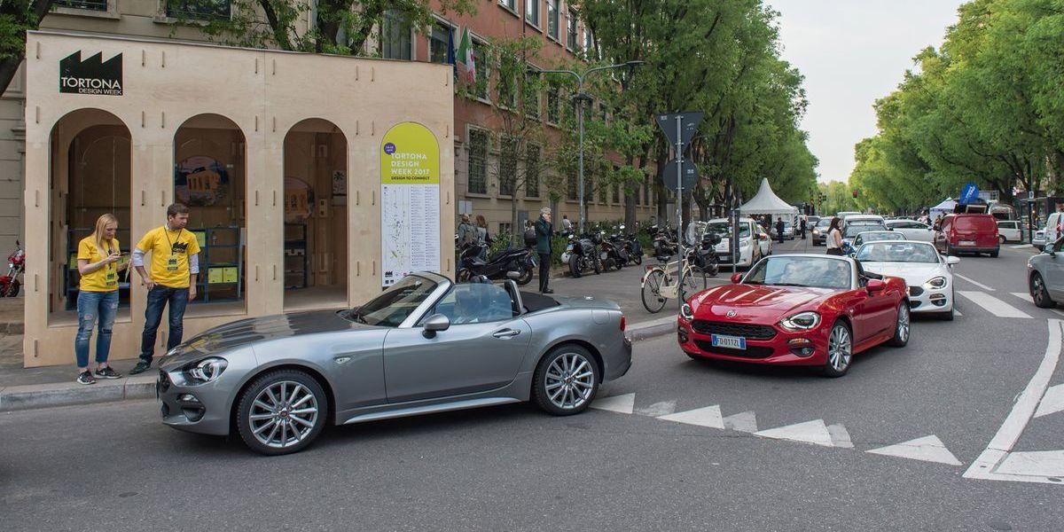 Fiat 124 Spider: Parade zur Milan Design Week