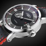 Sportliche Uhr mit Genen aus dem Automobilbau