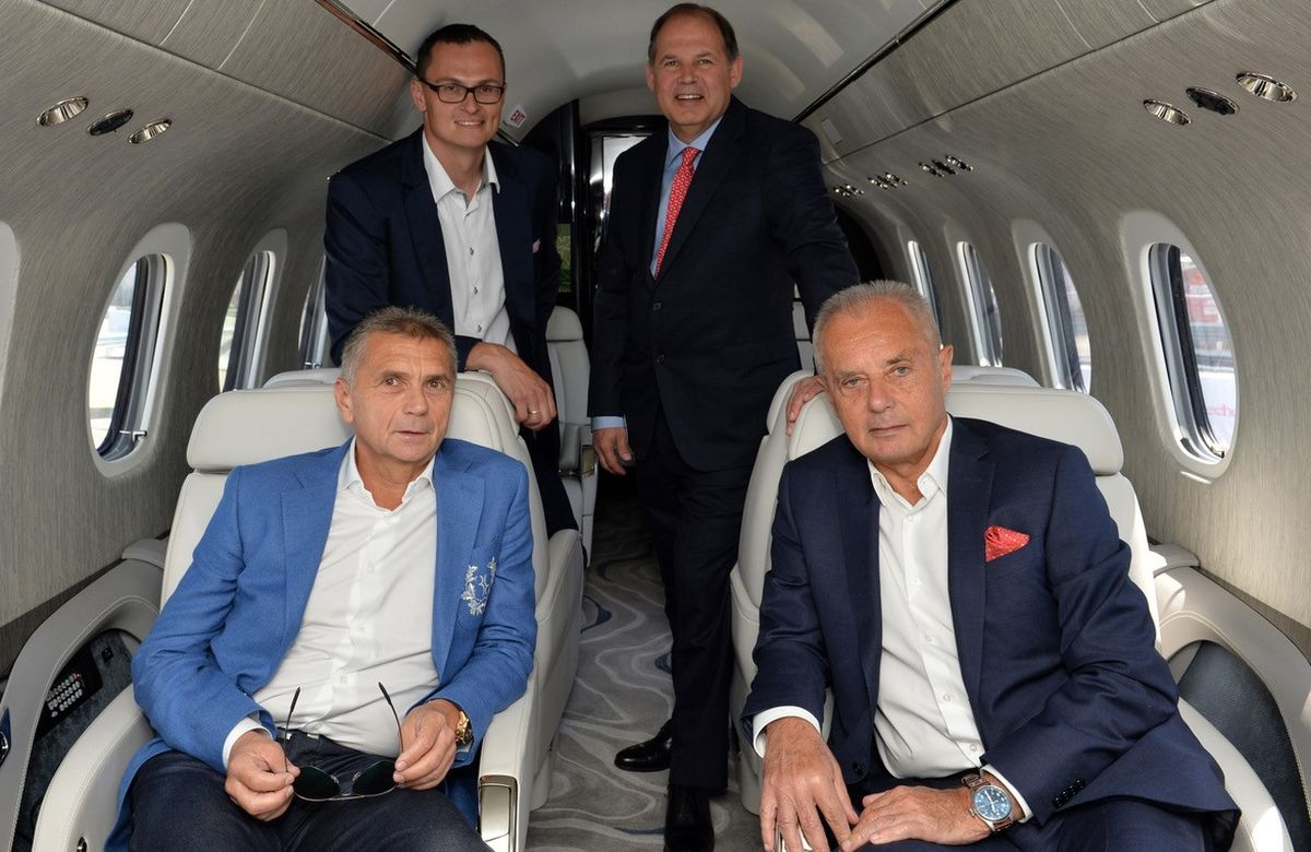 Texton Aviaton, Travel Service, EBACE Genf