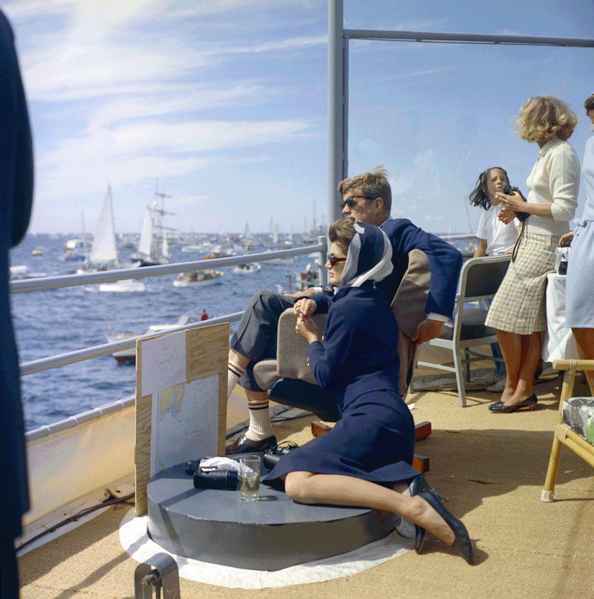 Jacqueline Kennedy, John Fitzgerald Kennedy