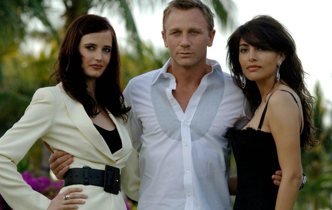 Eva Green, Daniel Craig, Caterina Murino