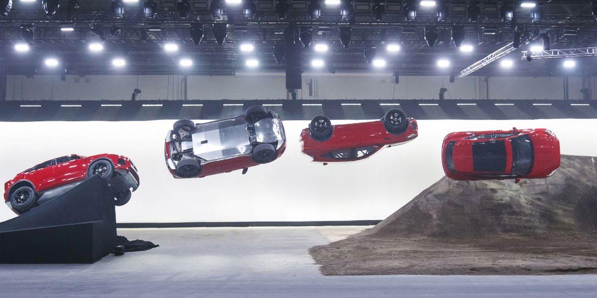 E-Pace: Zirkus-Stunt