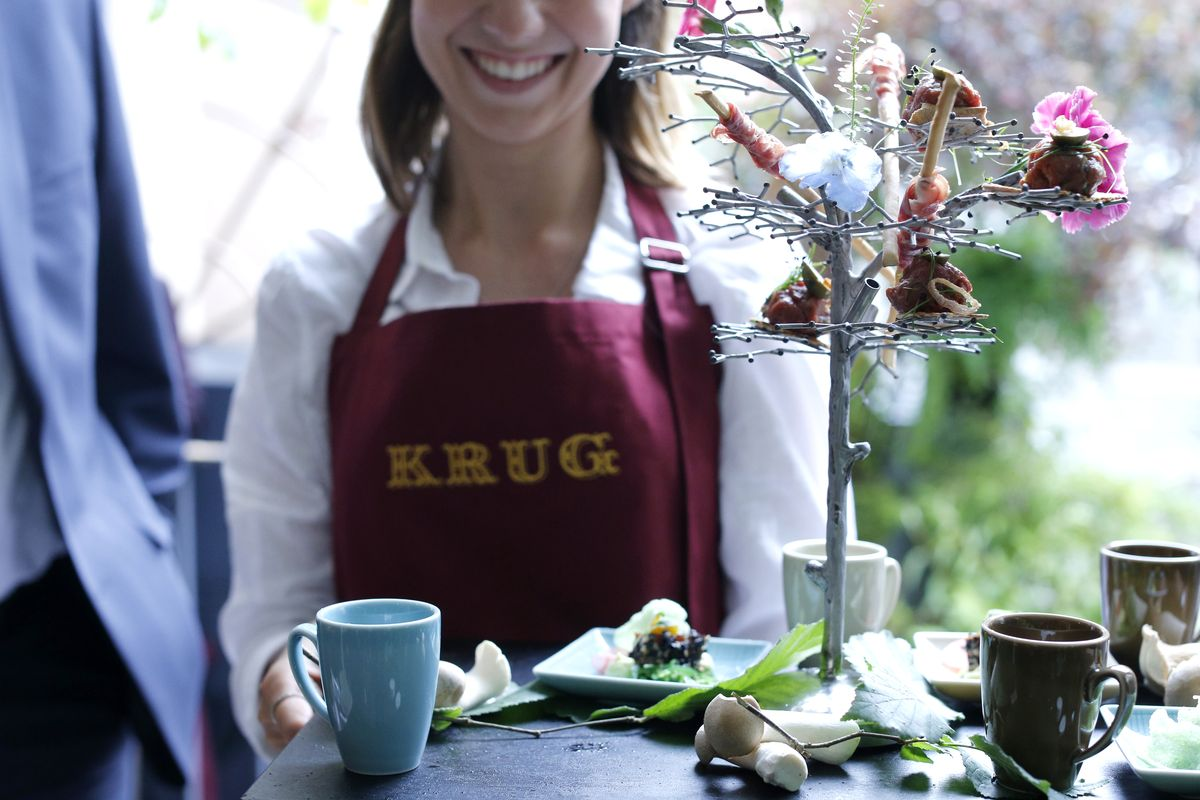 Krug Kiosk, Opening, Hamburg