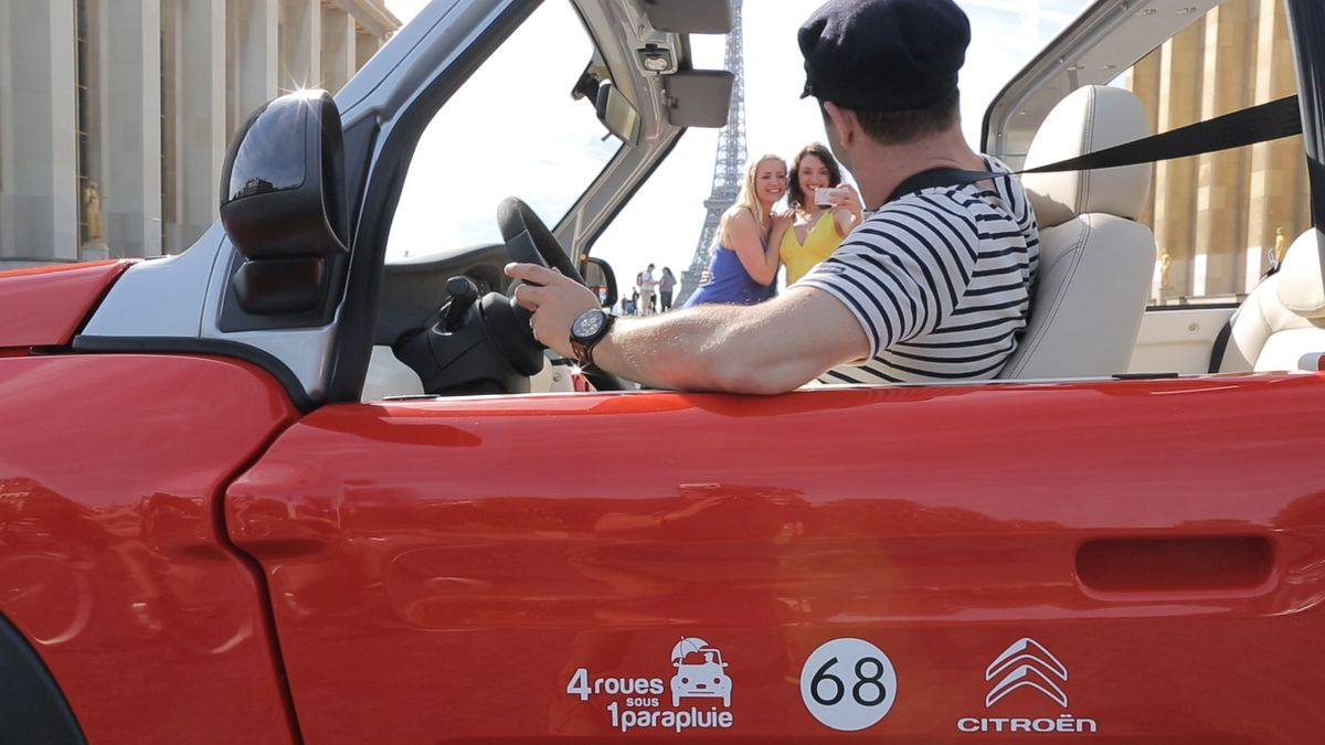 Im Elektro-Cabrio durch Paris