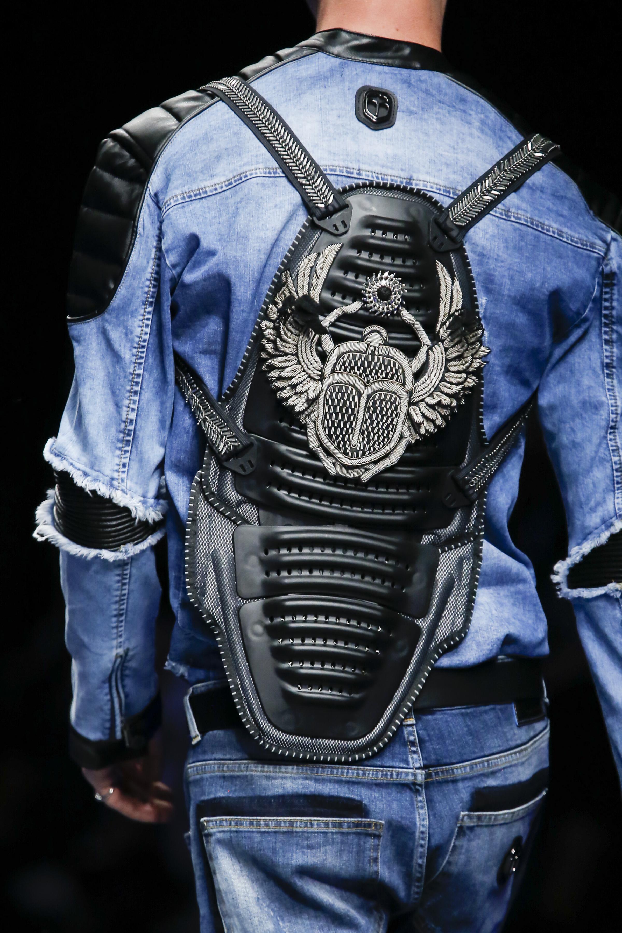 Milan Fashion Week Spring: Schwarzer Lederrucksack bei Frankie Morello (ddp images)