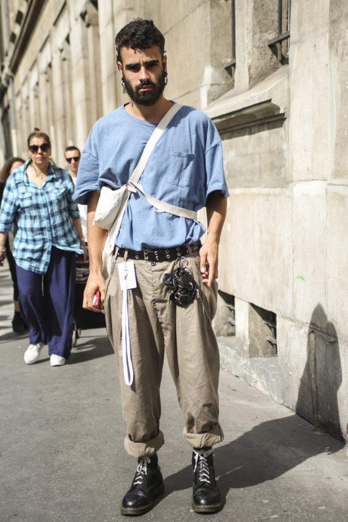 Paris Fashion Week Haute Couture: Lässiger Workwear-Look während der Show von Maison Margiela (ddp images)