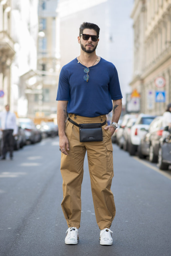 Milan Fashion Week Spring: Workwear mit Bauchtasche während der Show von Salvatore Ferragamo (ddp iamges)