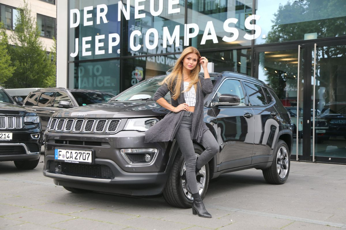 Pamela Reif, Jeep