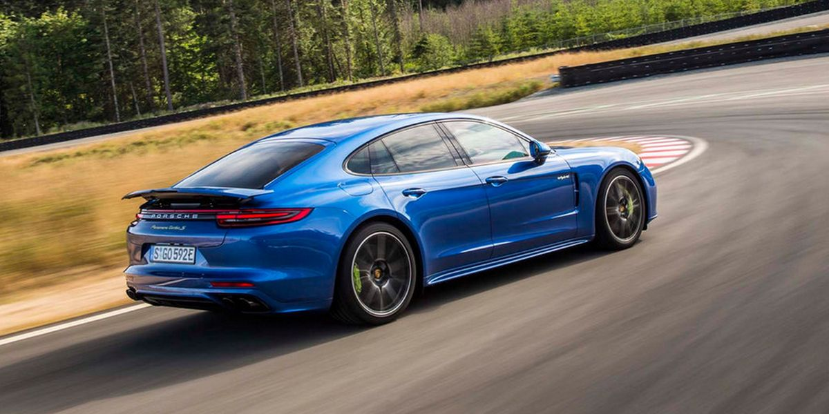 #Test Video: Porsche Panamera Turbo S E-Hybrid (2017)
