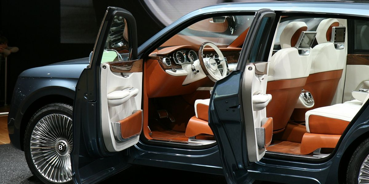 So sieht der 88. Genfer Autosalon aus