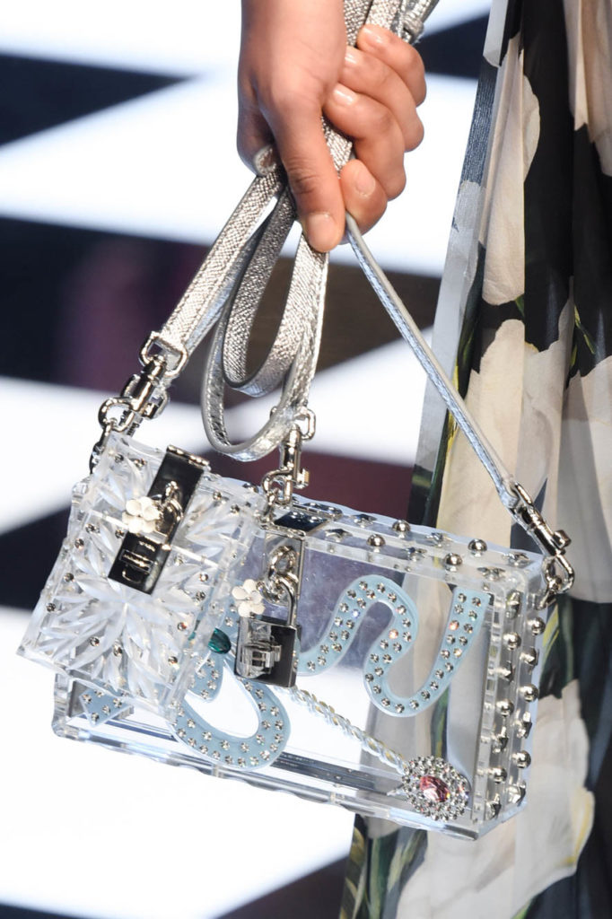 Milan Fashion Week Fall: Tasche aus transparentem Plastik bei Dolce & Gabbana