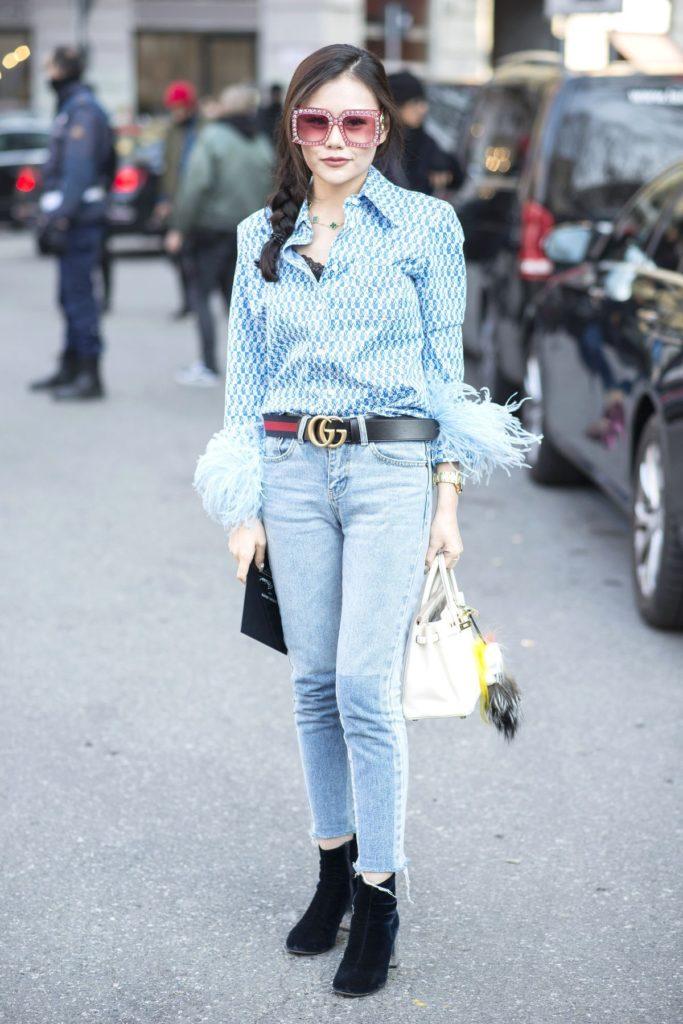 Gucci-Gürtel im Street Style während der Milan Fashion Week