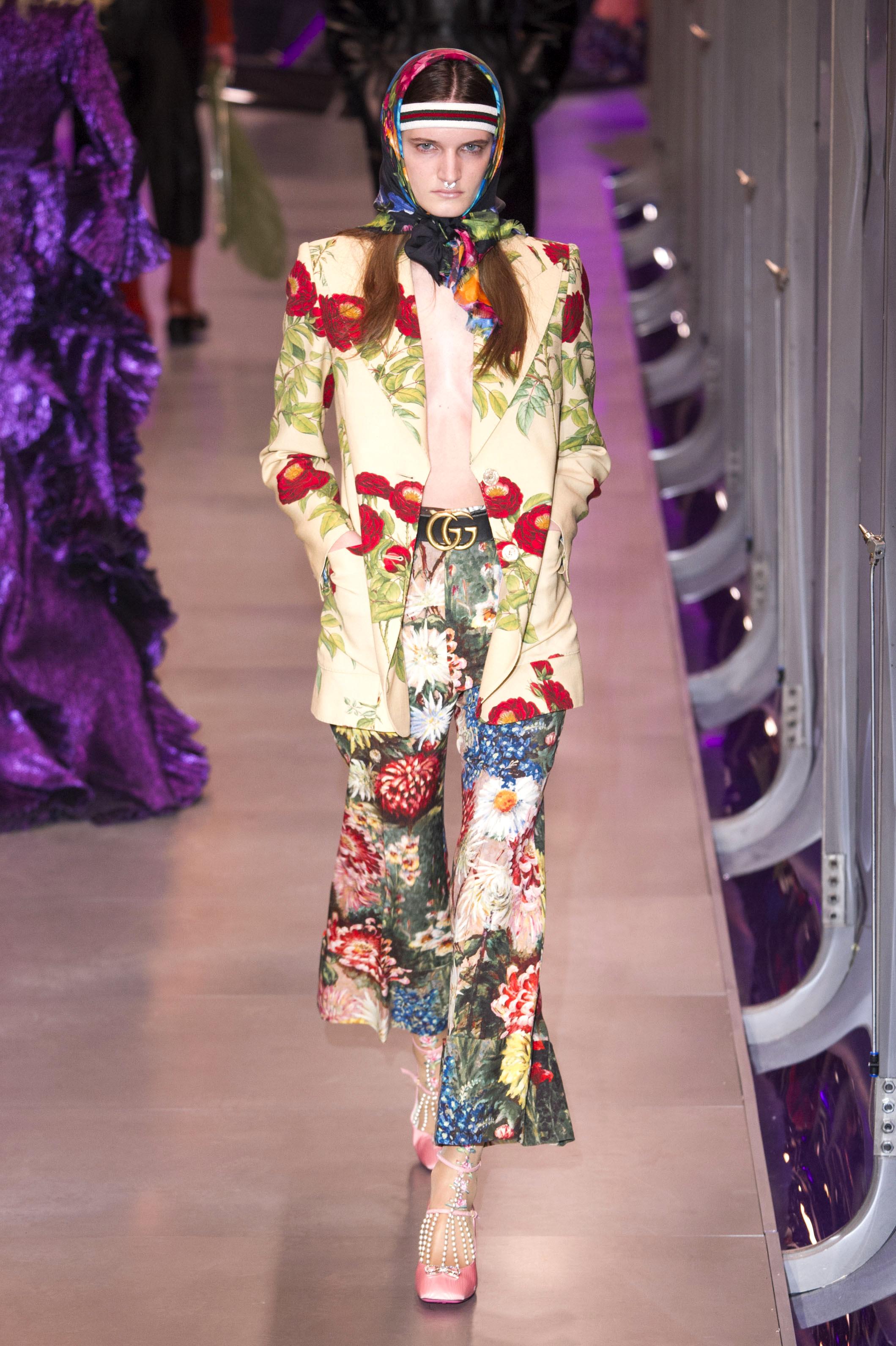 Milan Fashion Week: Der besagte Gürtel mit der goldenen Schnalle in der Show von Gucci