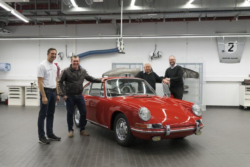 Trödeltrupp im Porsche-Museum