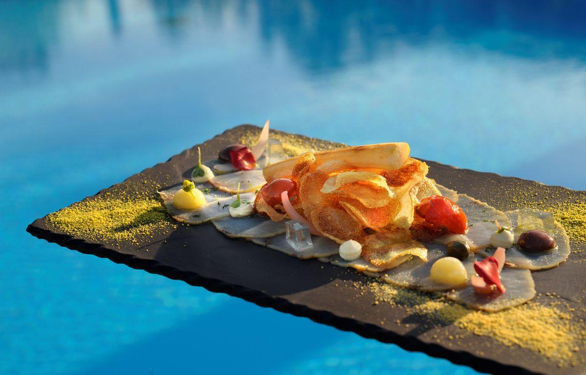 Mai: Sani Gourmet im Sani Resort