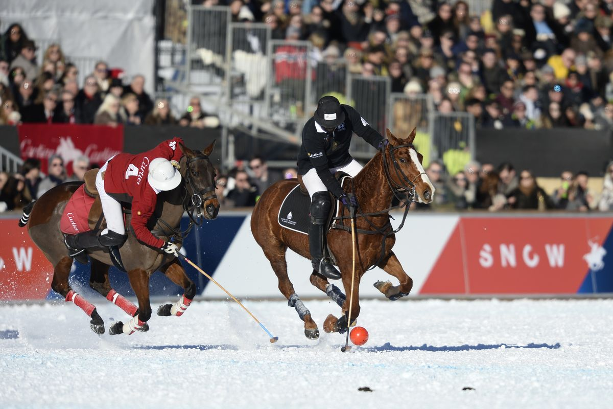 Januar: 34. Snow Polo World Cup in St. Moritz