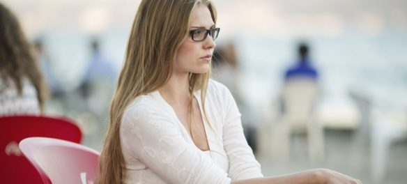 Brille oder Linse: Was ist stylisher?