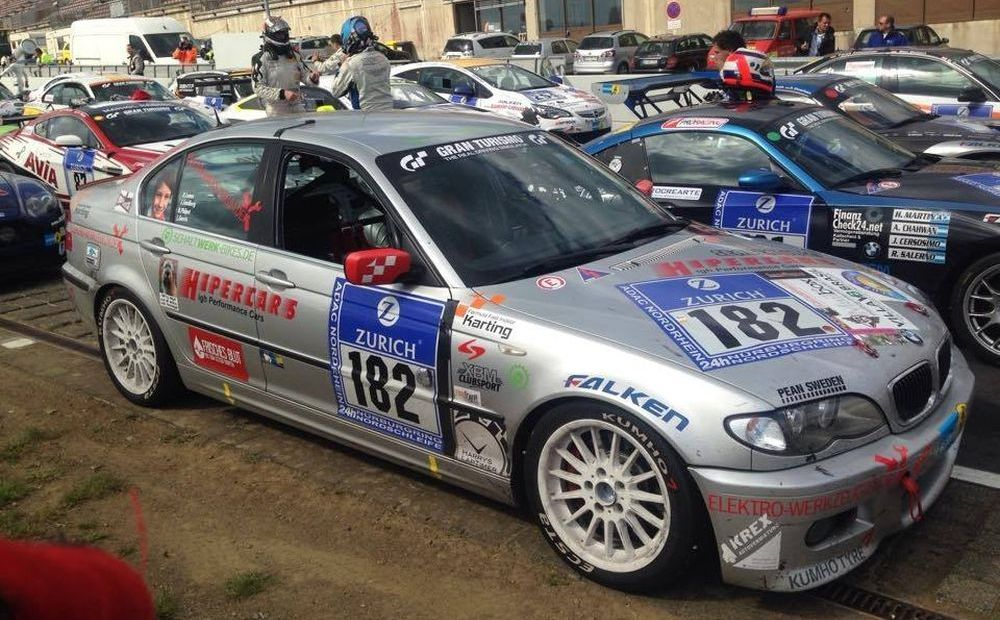 Underdog Racing: BMW E46 330i