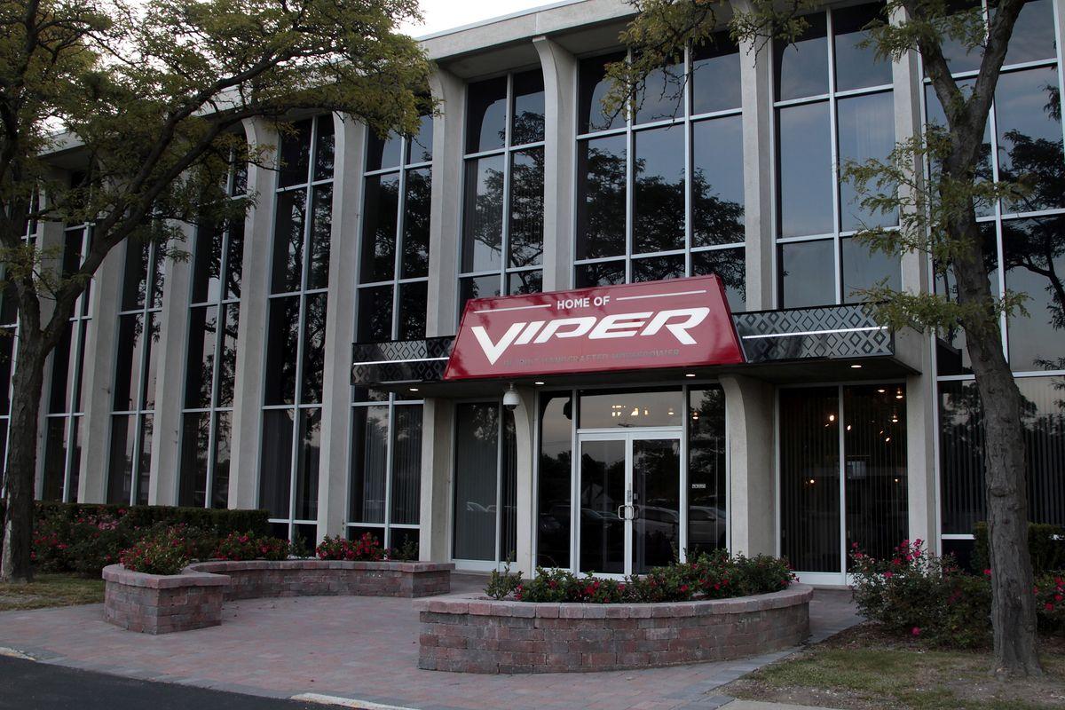 Viper-Werk nimmt Fahrzeugsammlung auf
