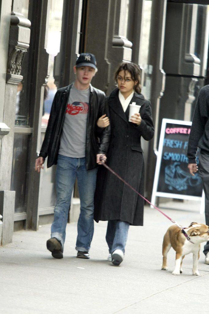 Mila Kunis und Macaulay Culkin