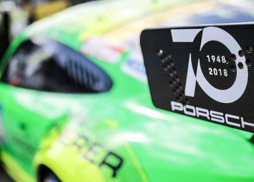 Großaufgebot von Porsche