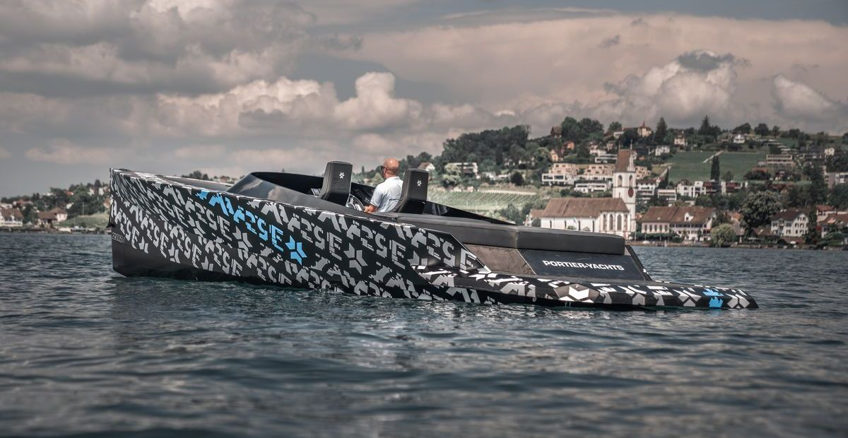 SAY29E Runabout Carbon