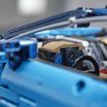 Ein Bugatti Chiron aus 3.599 Teilen