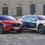 Jaguar und die Münchner Elektro-Taxi-Flotte