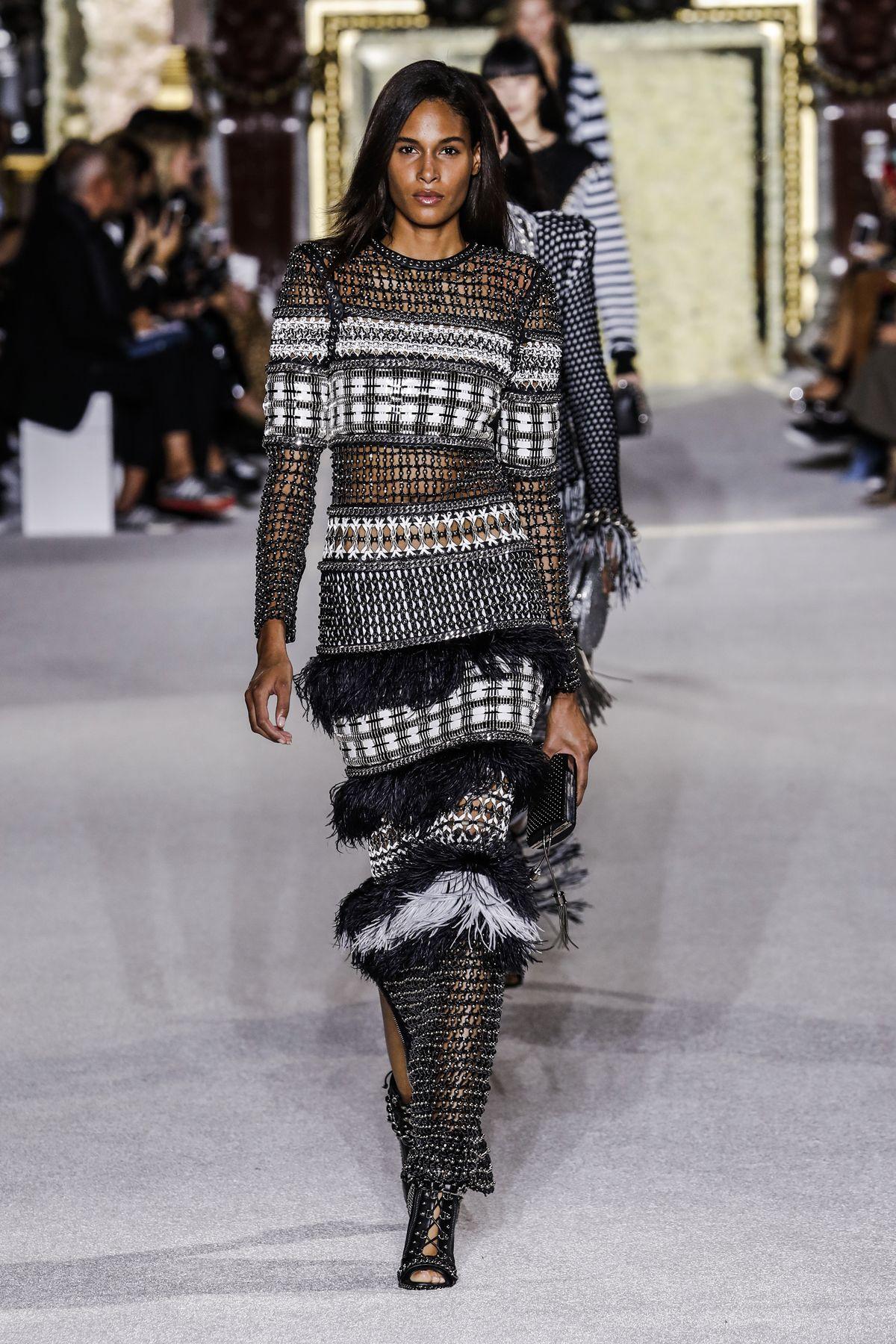 Fashion profi haute couture shots magazin - Chambre syndicale de la haute couture parisienne ...