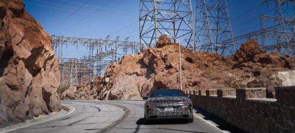 BMW 8er Cabrio: Heißer Test im Death Valley